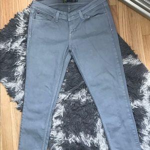Levi's Skinny Jeans Women's Size 31!